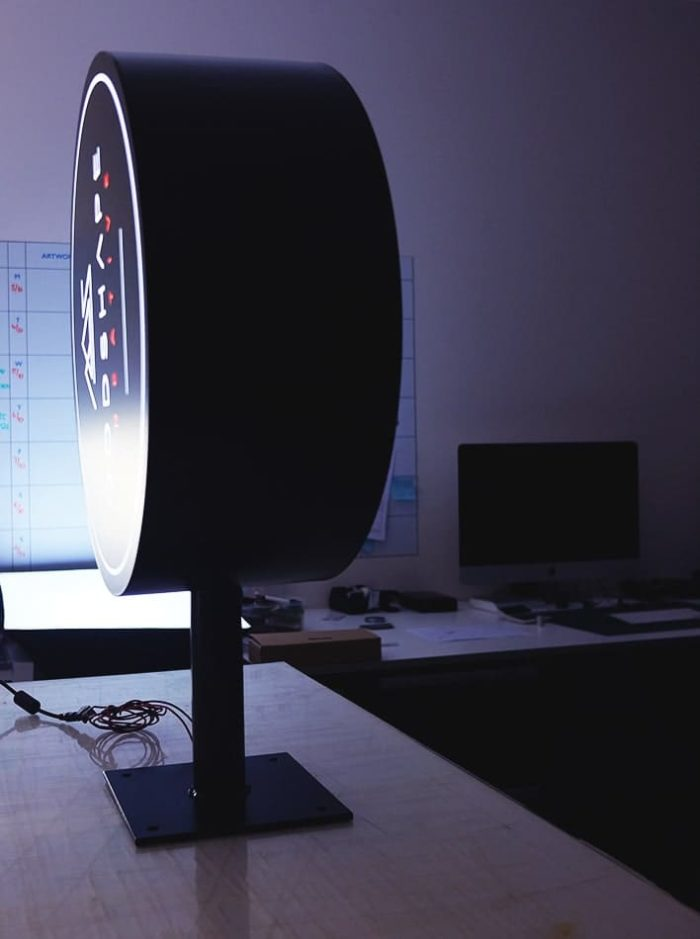 Circular-Lightbox-Oddshape-White-Rim-6