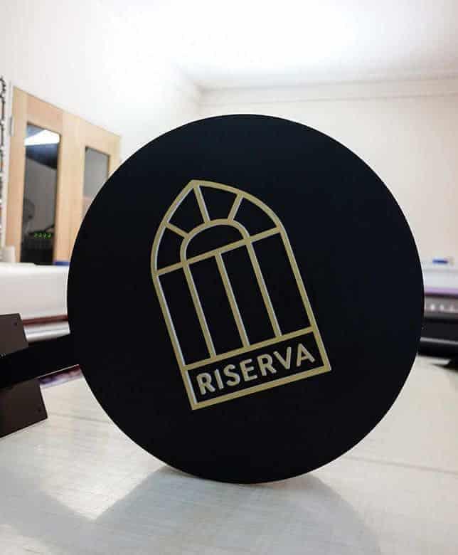Circular-Lightbox-Riserva